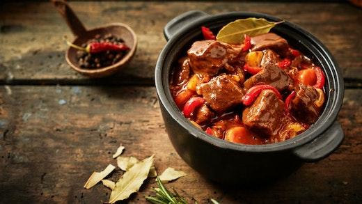 14 αγαπημένες συνταγές με μοσχάρι στην κατσαρόλα
